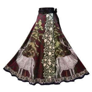 3 Kueen Skirt Castle Dreams - front